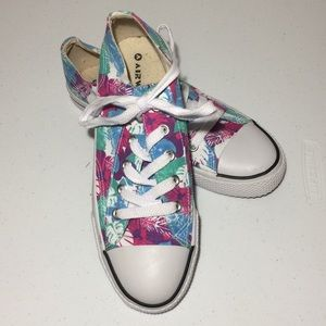 Airwalk floral canvas sneakers